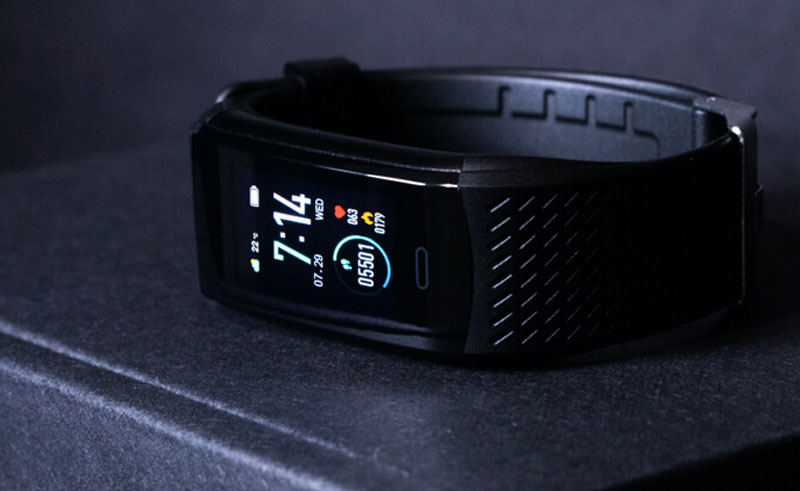 koretrak-fitness-tracker-smartwatch